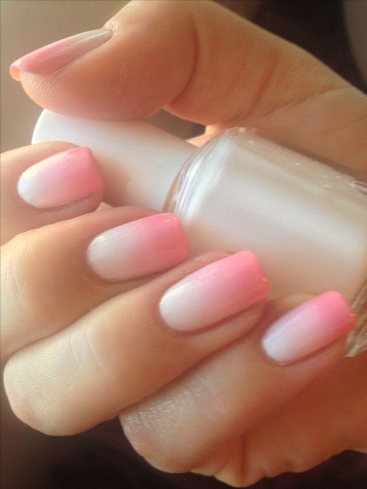 Омбре розовый и белый на ногтях