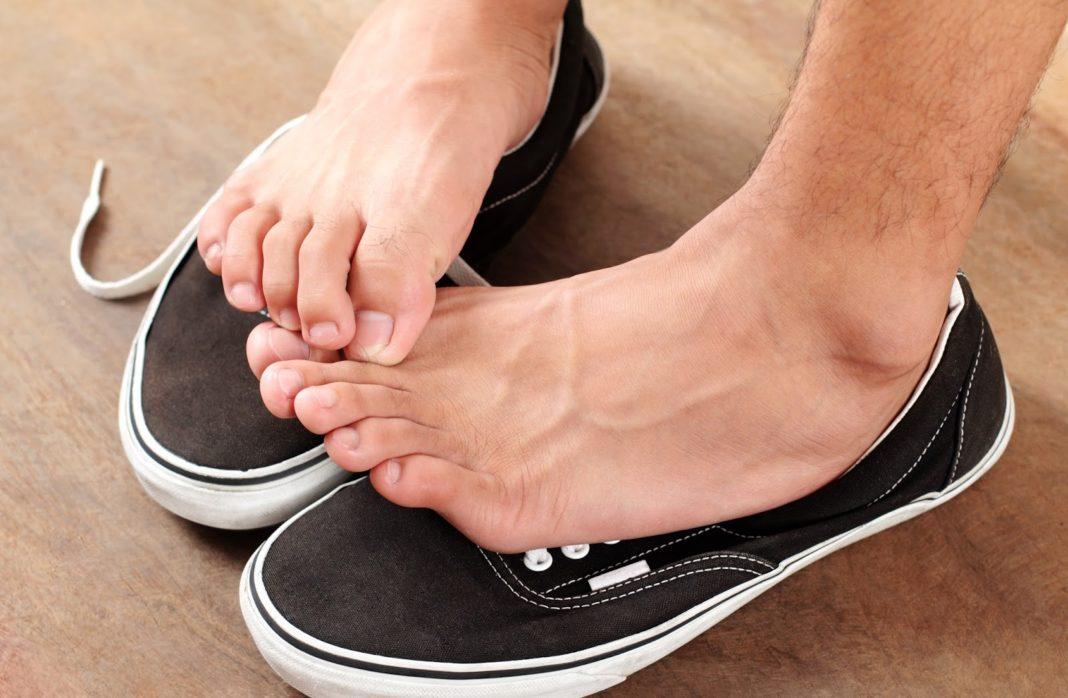 вросший ноготь из-за тесной обуви